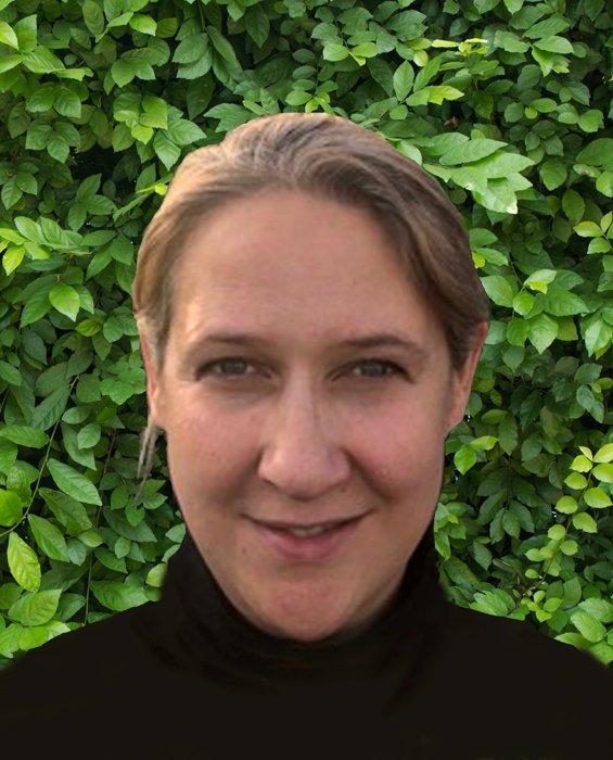 Online Tutor Mandy Lloyd